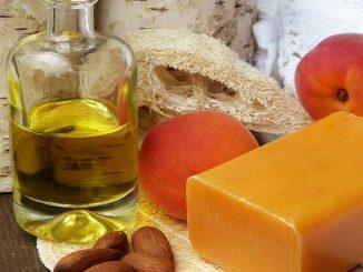 Levná kosmetika může být vyrobena z domácích surovin.