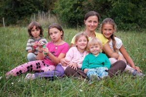 Bezpečný domov pro maminku a 5 dětí