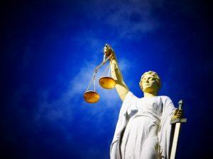 Soudy a posuzování